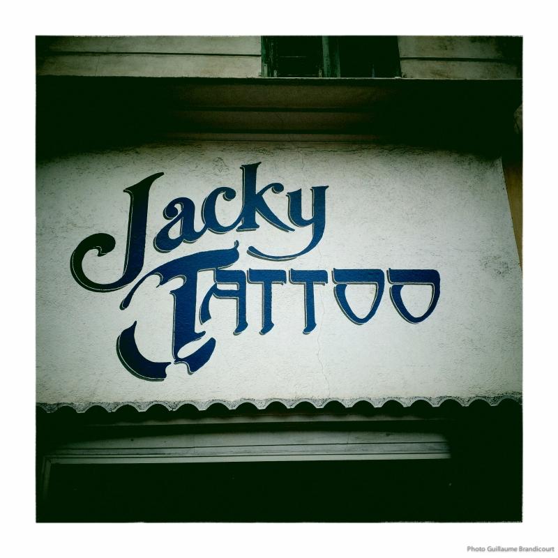 """Ca le fait Jacky"""