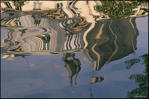 Le point de vue de l'eau, avec feuilles 21 septembre 2013