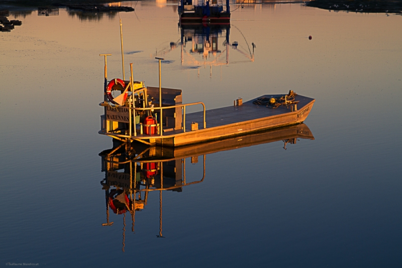 La barge au couchant - Le Pô 7 décembre 2013