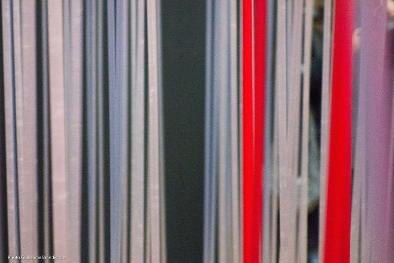 Cube pénétrable, 1996. Cadre aluminium laqué, tiges de résine. Dation, 2011. Soto @ Centre Pompidou Photo GB