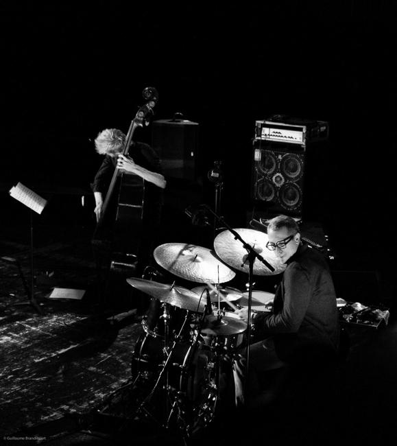 Stéphane Kerecki & Ziv Ravitz @Yaron Herman Quartet Live @Le Trianon 13 octobre 2013 (c) GB