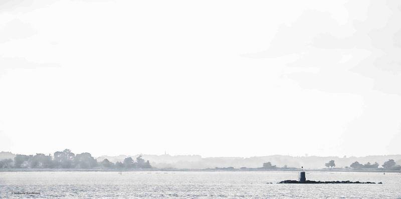 Ebloui (Dazzled) A high key trying Golfe du Morbihan février 2014